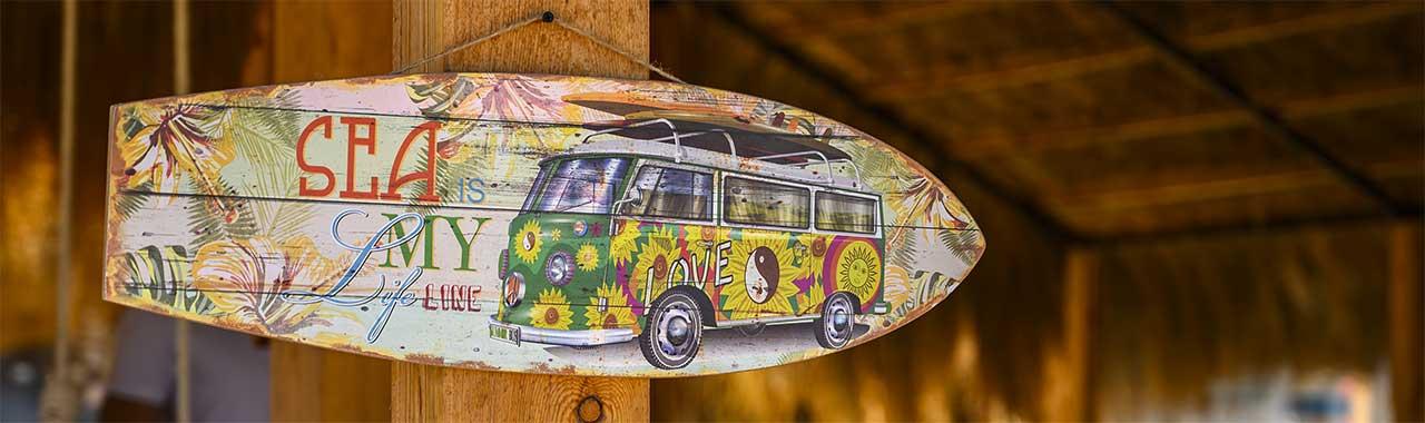 Makani Beach Club El gouna sign surf van