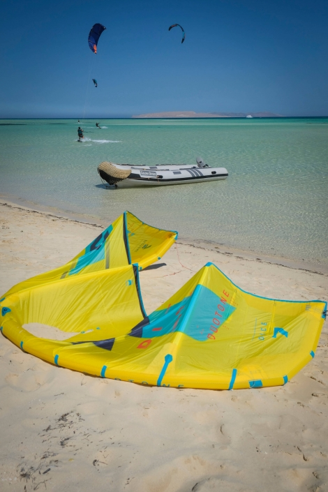 Duotone Tawila Makani Beach Club