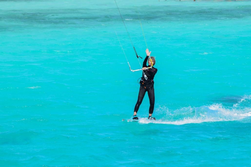 kiting blue water hello kitesurfing Kiten blue water Cristal