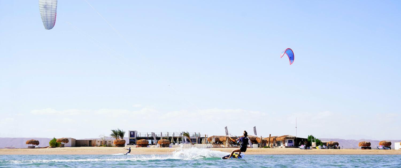 Makani Beach Club duotone kites Ägypten Egypt el gouna rebel kite station kitesurfing strapless kiteboarding